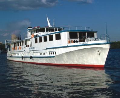«Княгиня Ольга» - 100-метровое судно для путешествий по России
