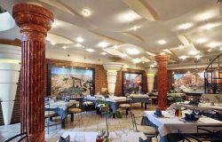 ресторан колонна1