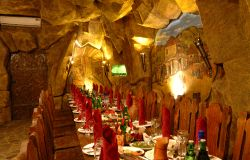ресторан вардзия 3